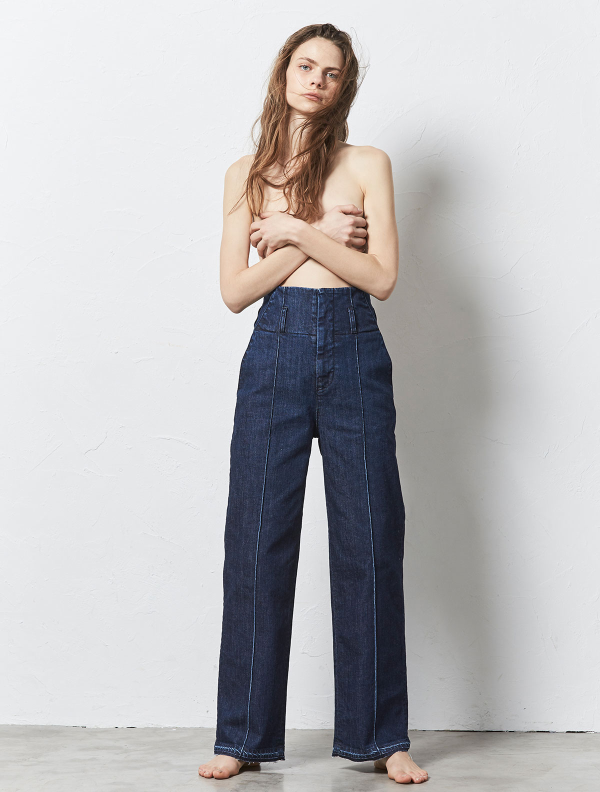 PIN TUCK WIDE STRAIGHT PANTS