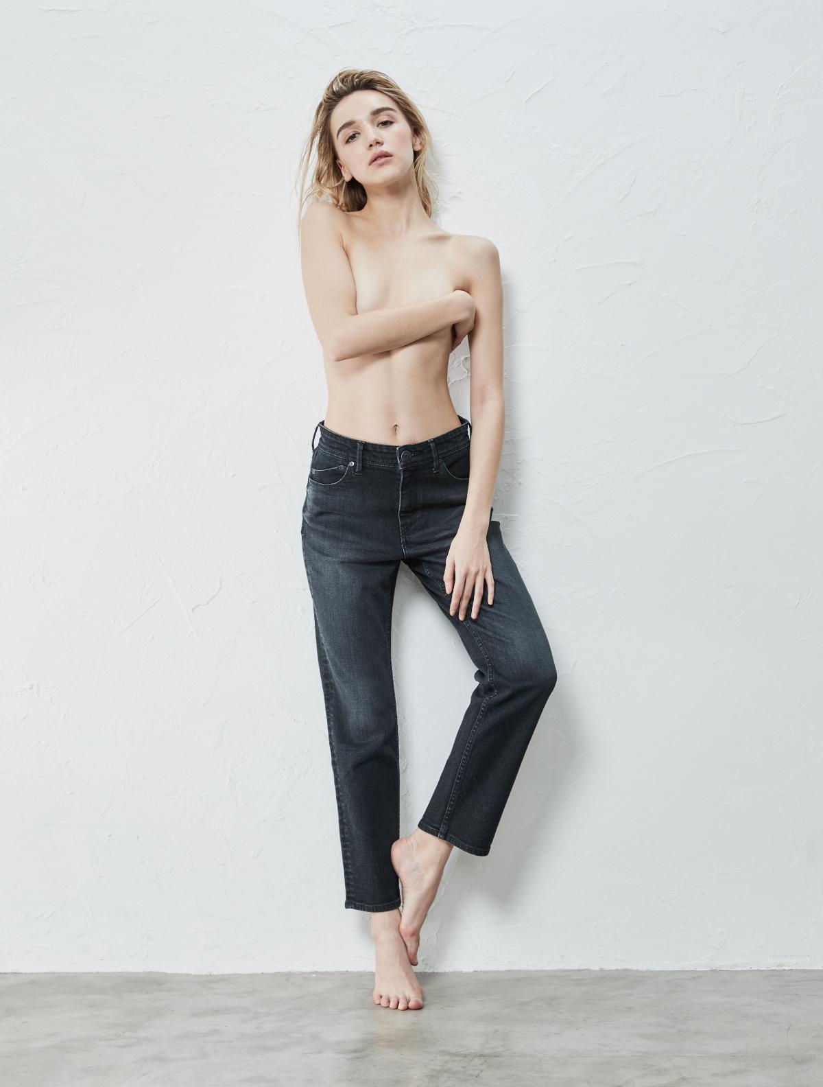 MID-RISE STRAIGHT PANTS