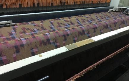 ジャカード織機に特化した小ロット・別注等に対応可能